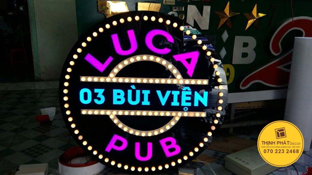 Làm hộp đèn mica đẹp giá rẻ tại TPHCM