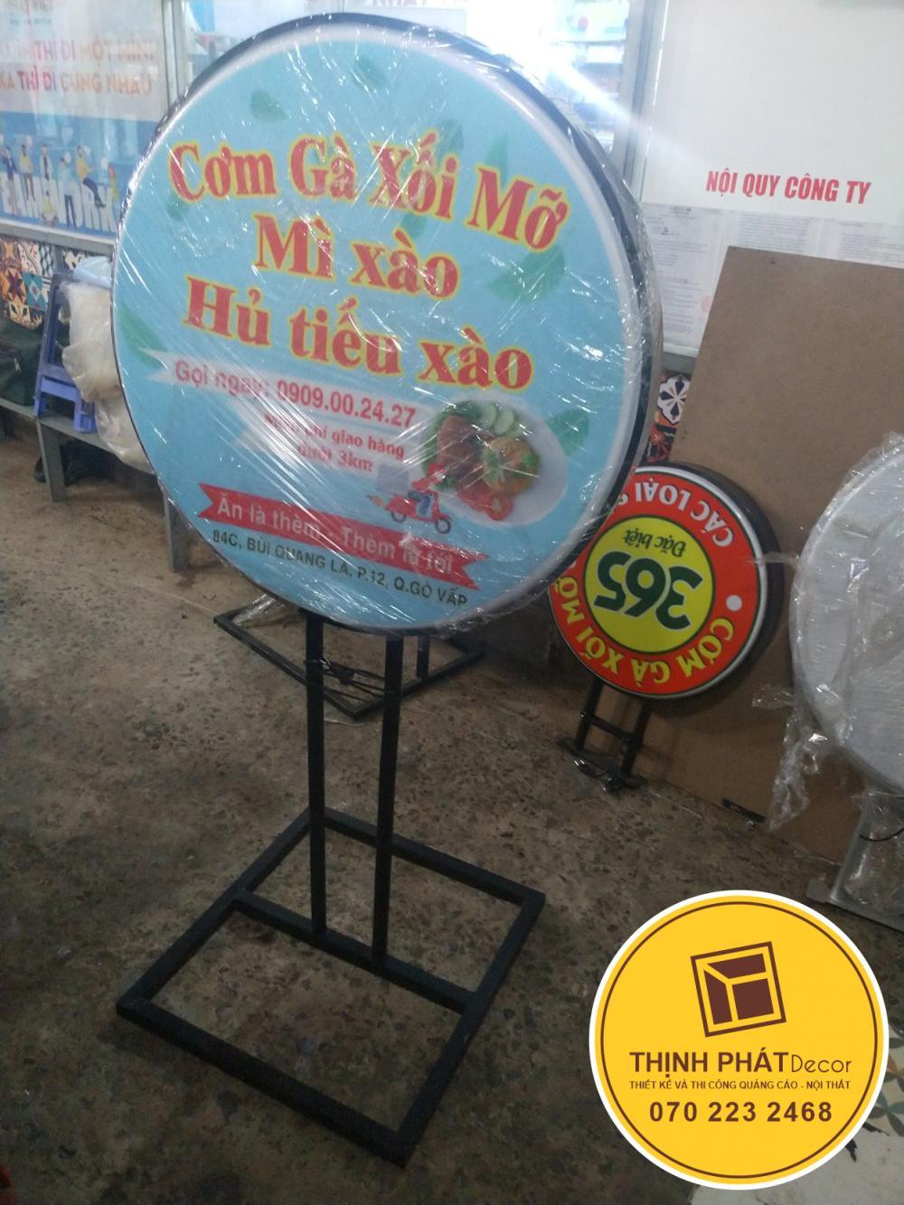 Thi công bảng hiệu hộp đèn quảng cáo giá rẻ tại TPHCM