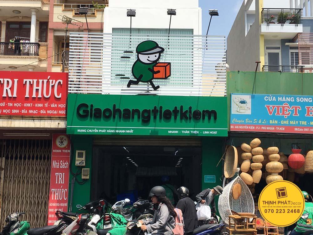 Thi công bảng hiệu alu chữ nổi cho GHTK