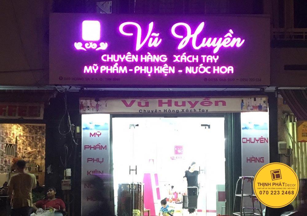 Thi công bảng quảng cáo chữ nổi đèn led cho shop mỹ phẩm
